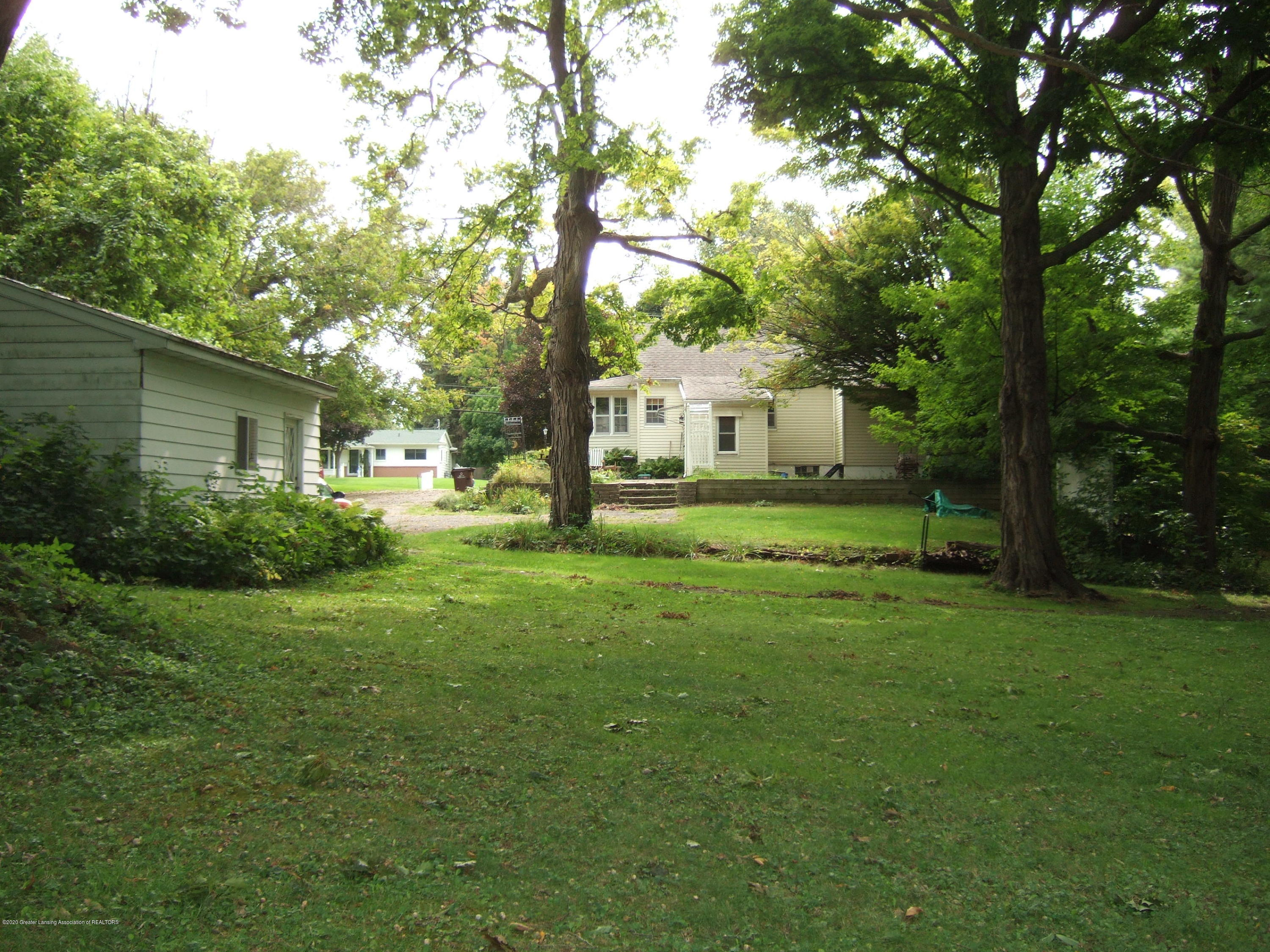 3806 W Willow St - Rear View - 27