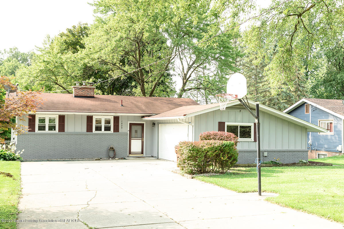 1424 Valley View Rd - front 2 - 1
