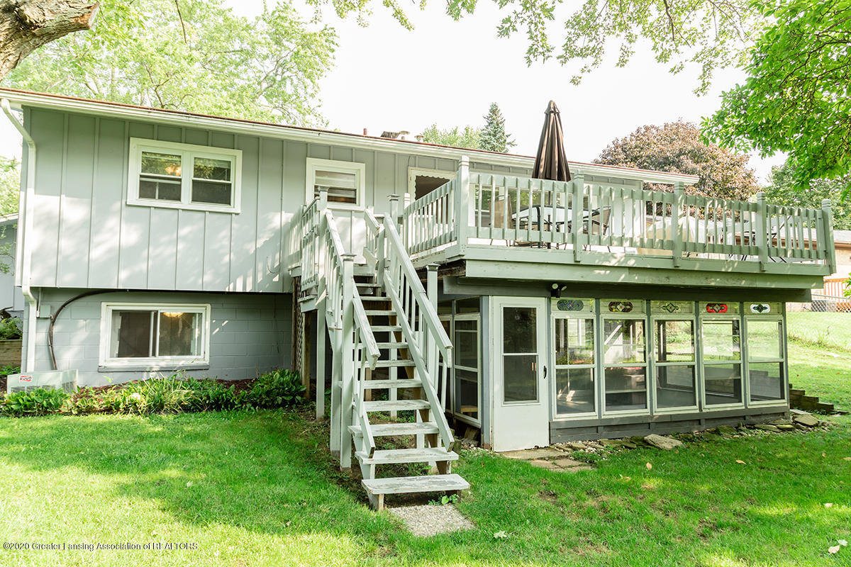 1424 Valley View Rd - back4 - Copy - 32