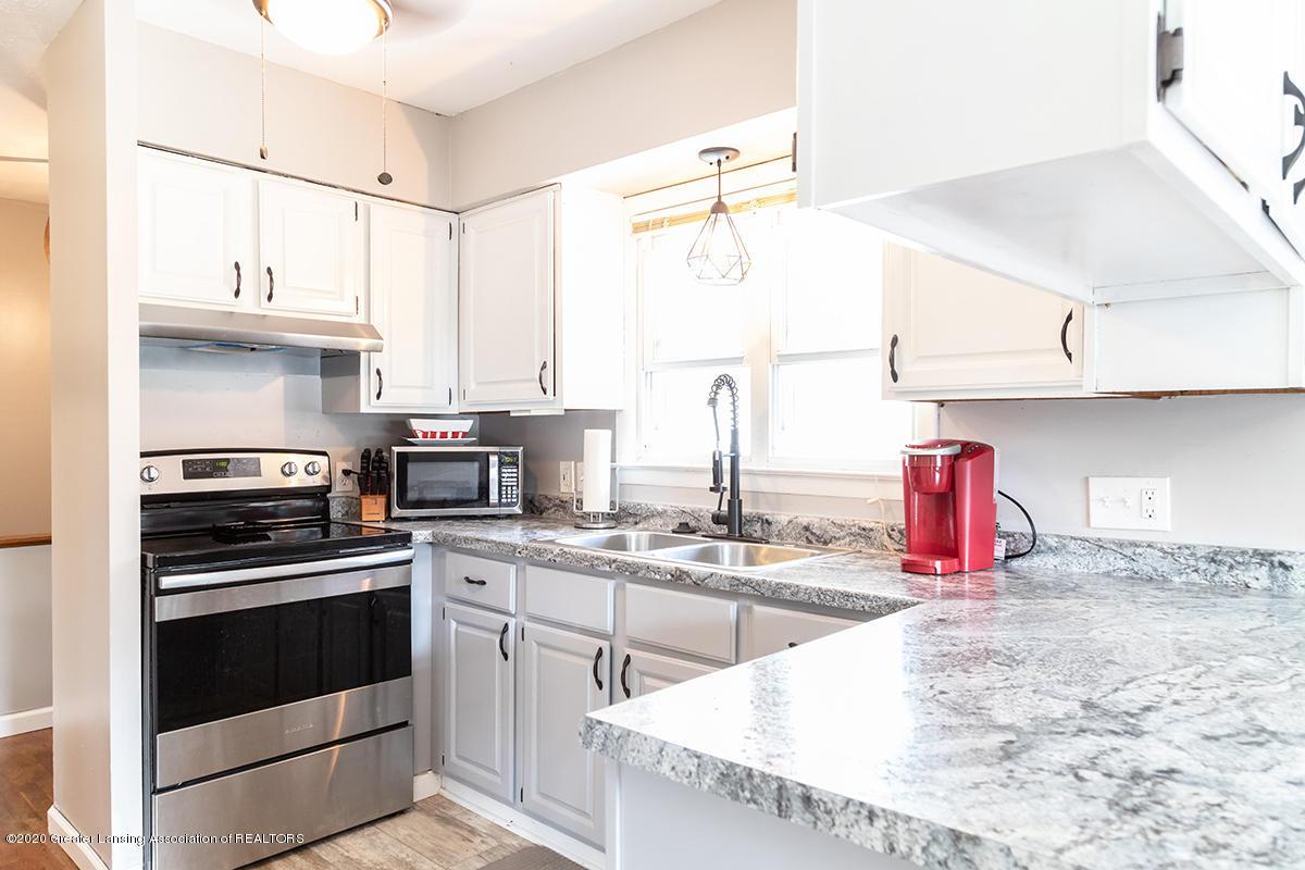 1424 Valley View Rd - kitchen - 7