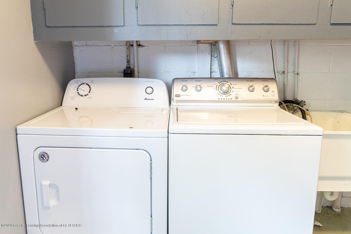 1424 Valley View Rd - laundry - Copy - 26