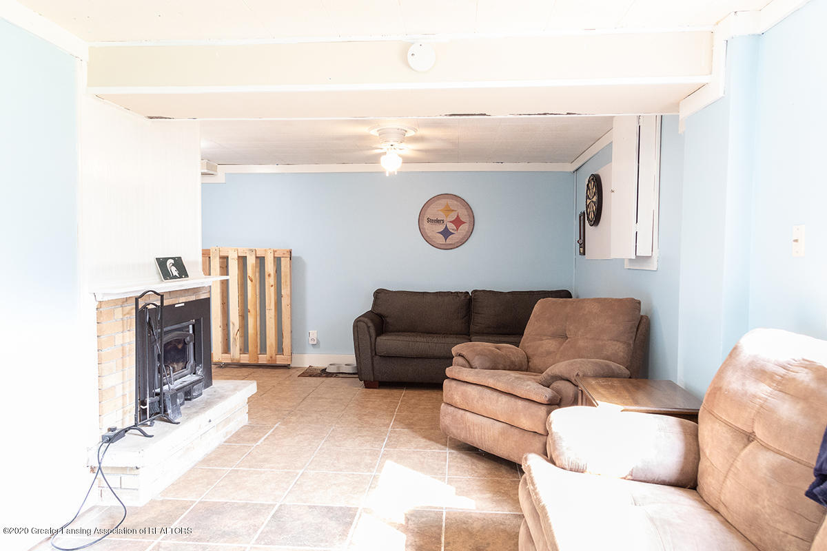 1424 Valley View Rd - rec room 3 - 24