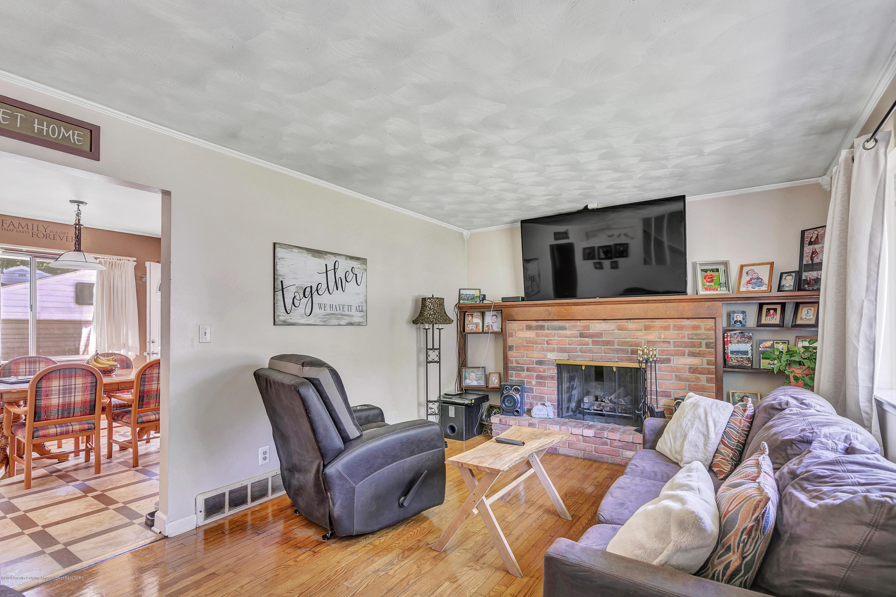 2844 S Deerfield Ave - 9I3A2557 - 4