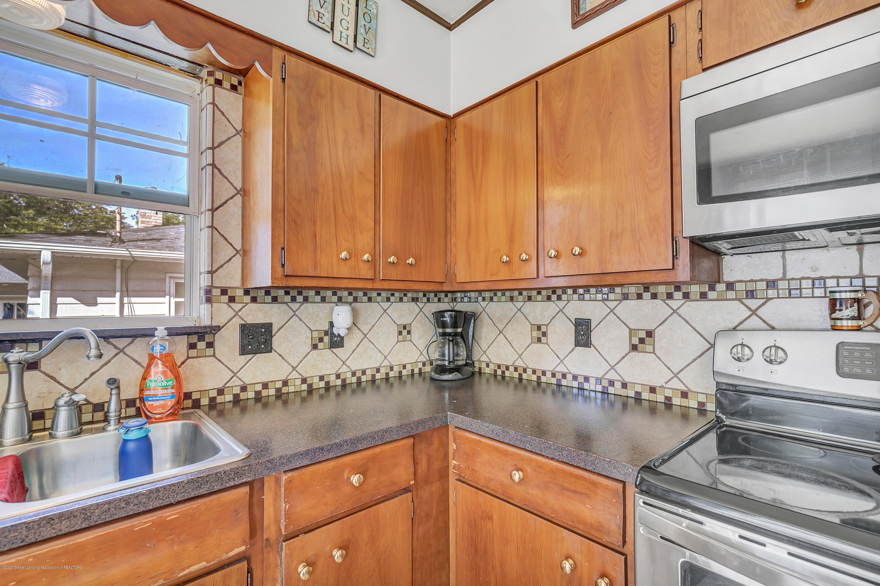 2844 S Deerfield Ave - 9I3A2567 - 9