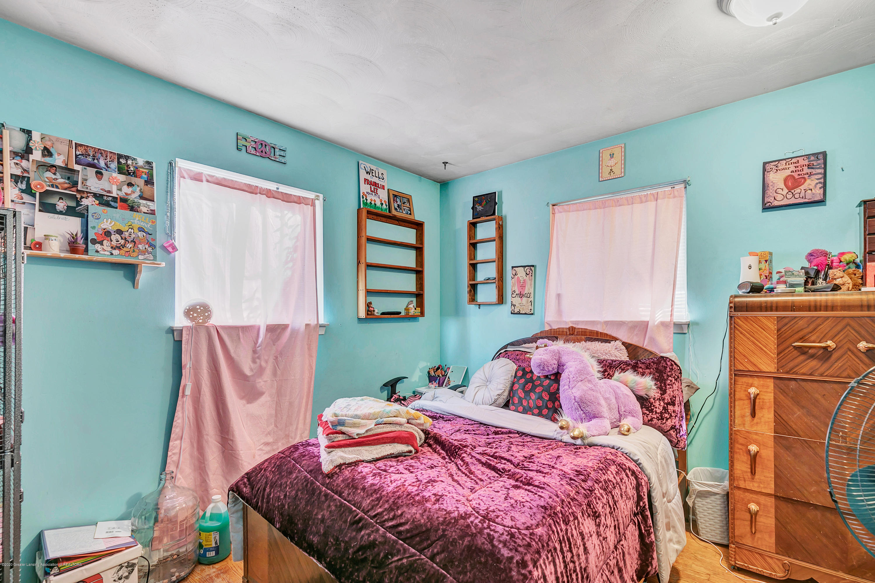 2844 S Deerfield Ave - 9I3A2581 - 17