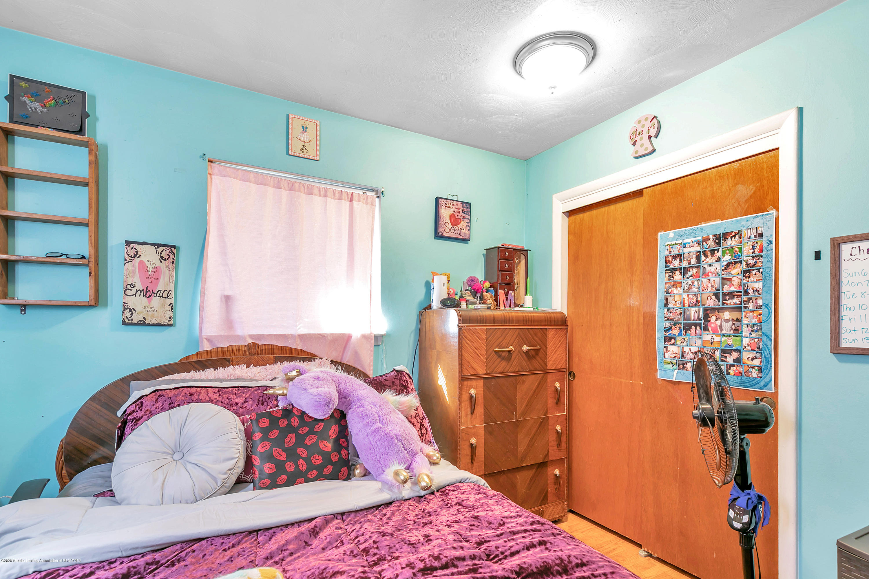 2844 S Deerfield Ave - 9I3A2584 - 16