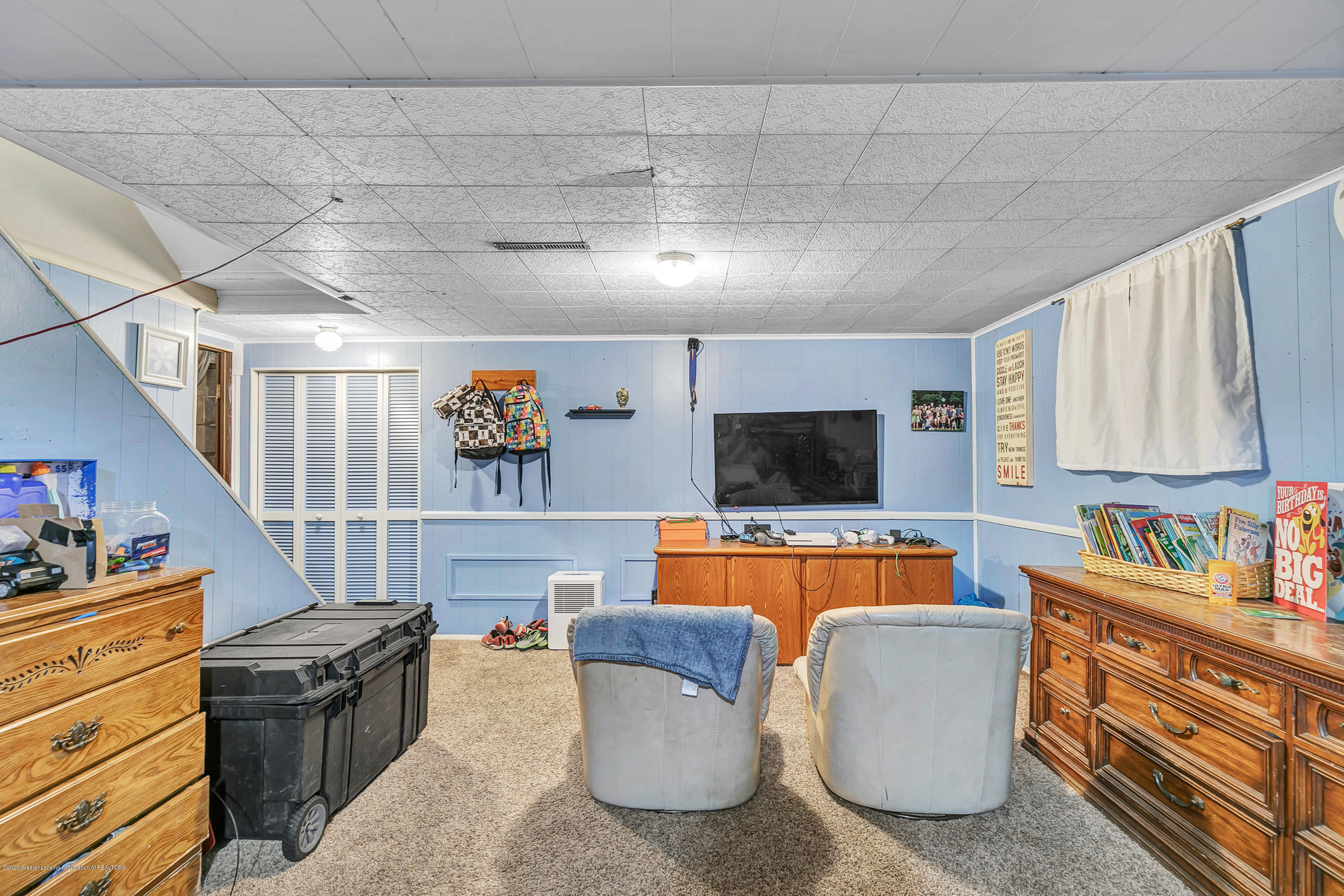 2844 S Deerfield Ave - 9I3A2592 - 21