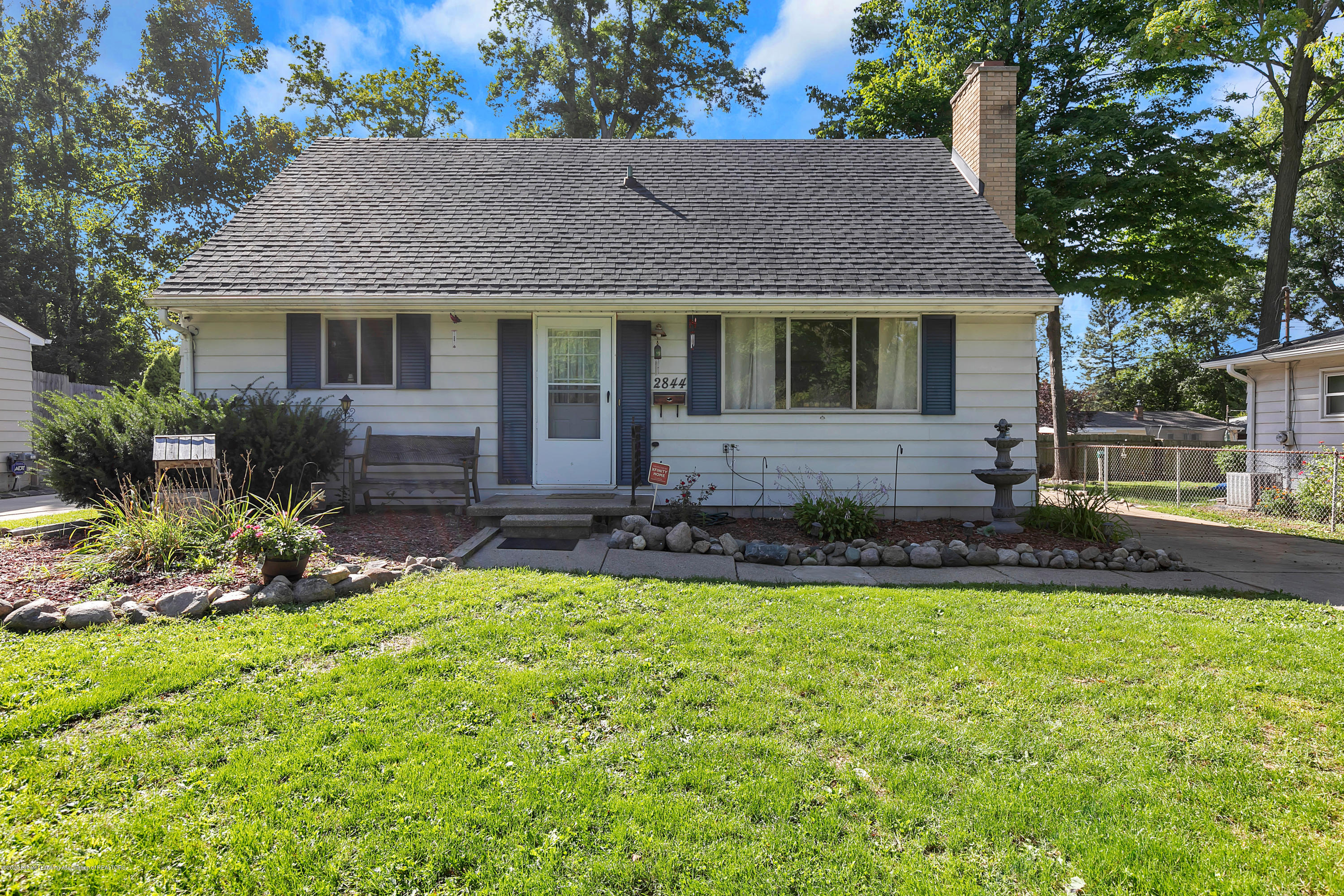 2844 S Deerfield Ave - 9I3A2600 - 1