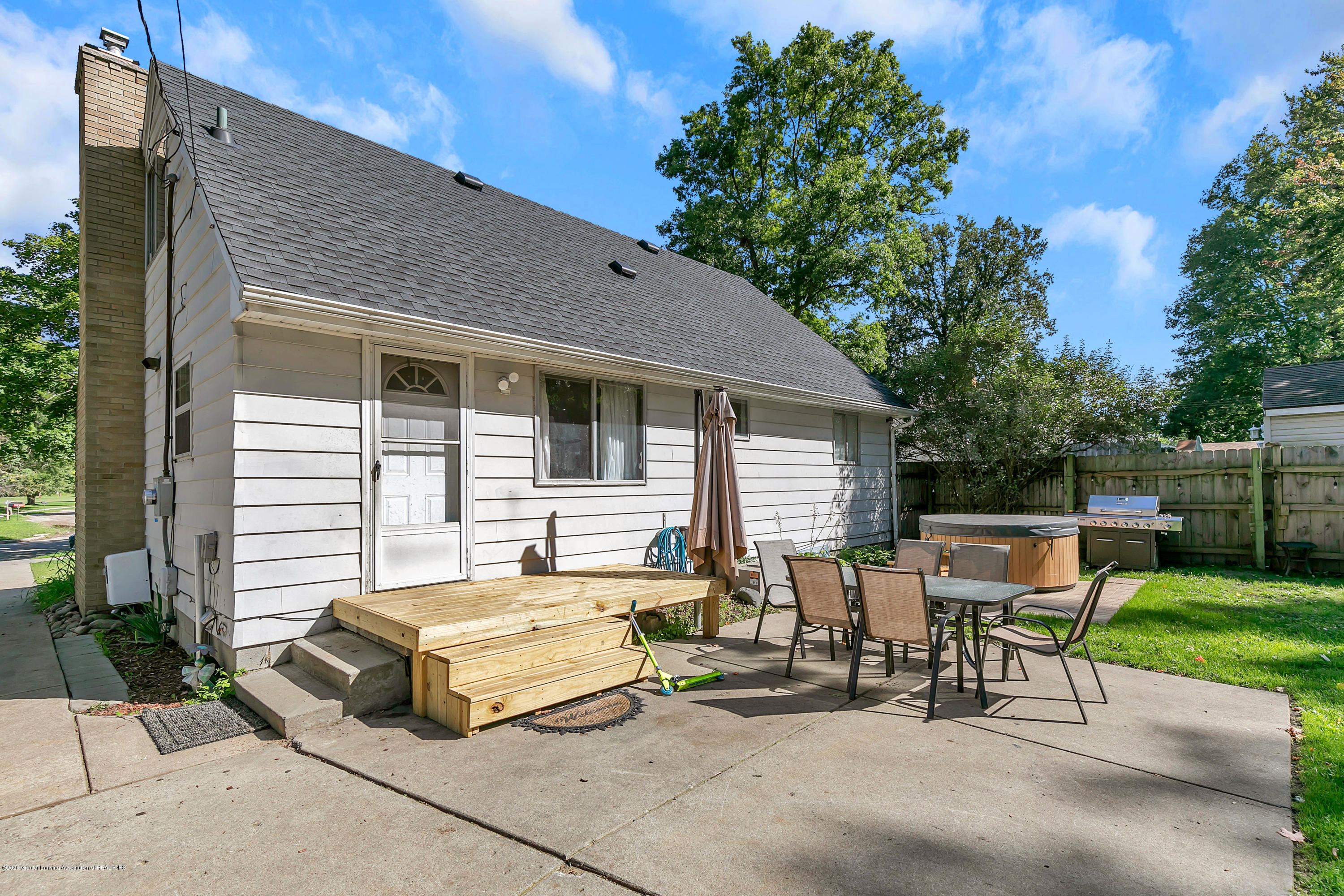 2844 S Deerfield Ave - 9I3A2603 - 26