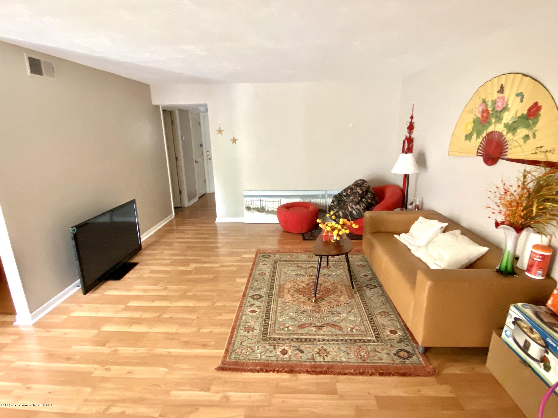 2024 Hamilton Rd 204 - Living room - Spacious open feel - 3