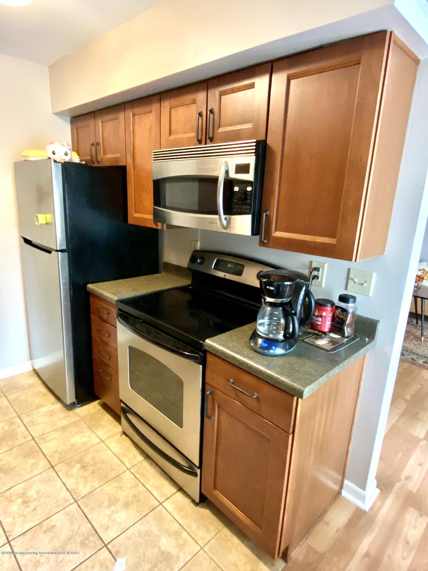 2024 Hamilton Rd 204 - Newer Kitchen - Appliances stay - 5