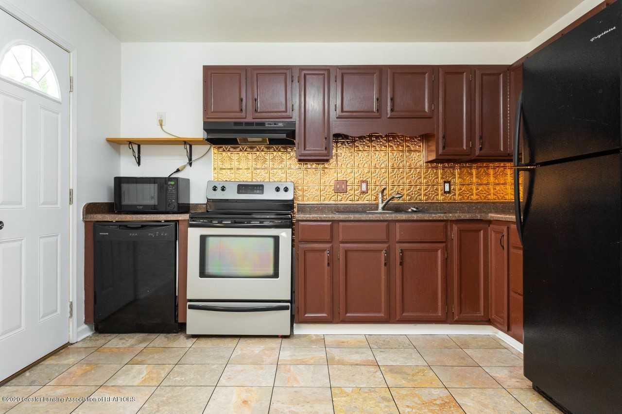4636 Laurie Ln - kitchen - 12