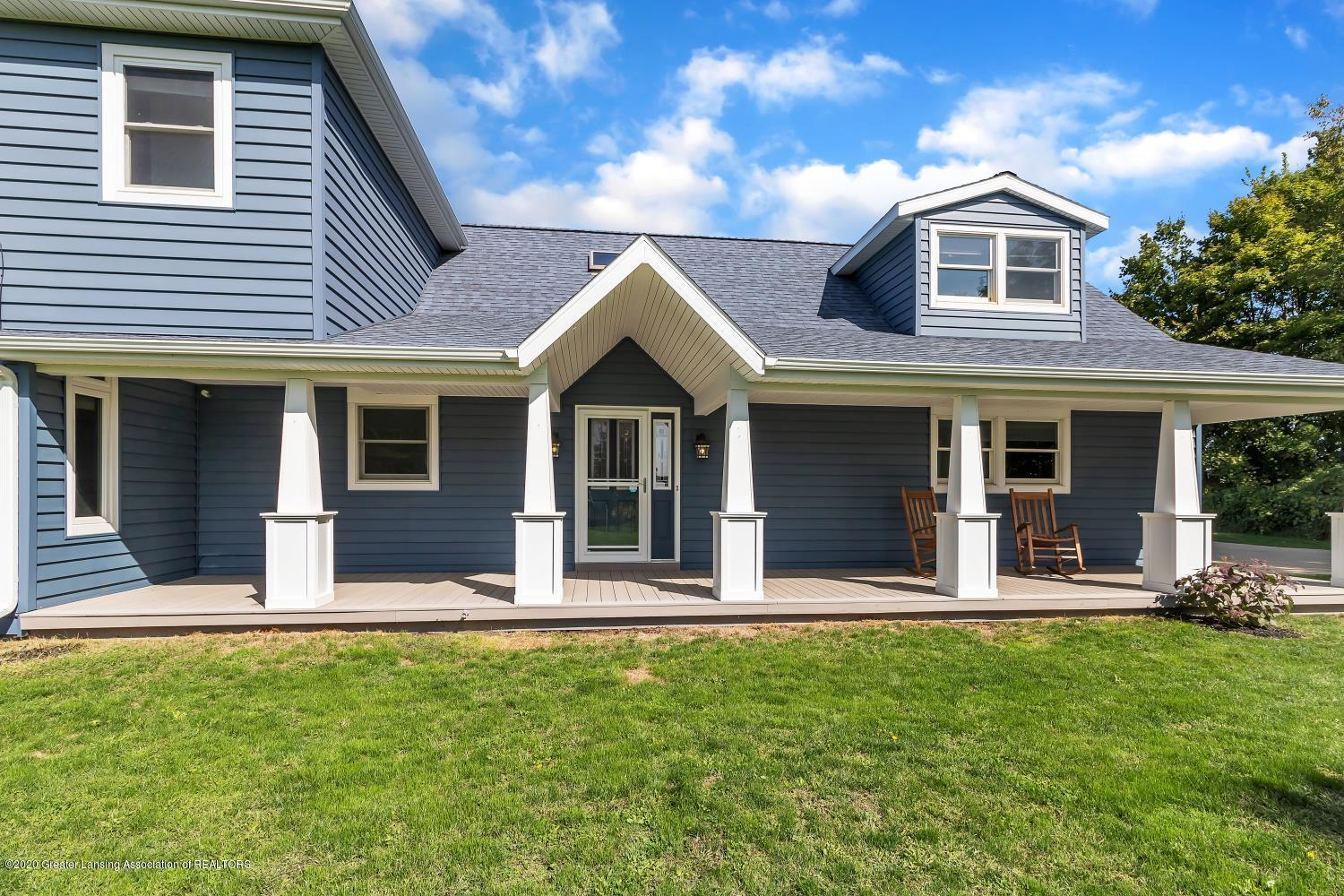 7346 W Cutler Rd - 46'X8' COVERED PORCH - 5