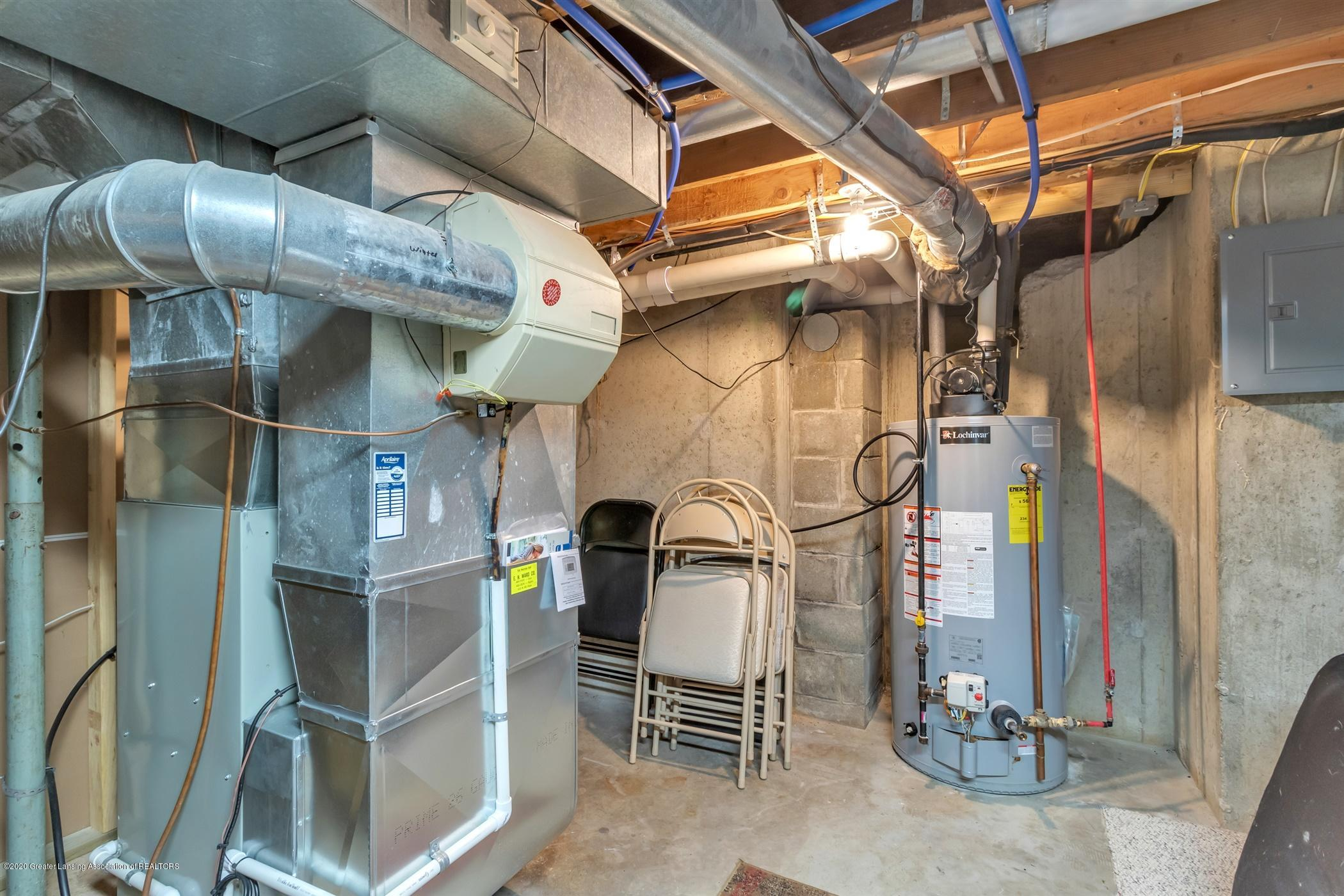 7346 W Cutler Rd - FURNACE,ELECTRICAL BOX AND WATER HEATER - 63