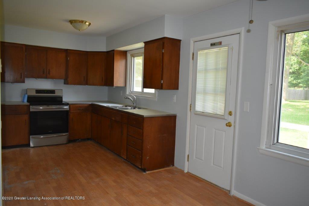 4696 Tolland Ave - 7 D kitchen-dinning room (2) - 7