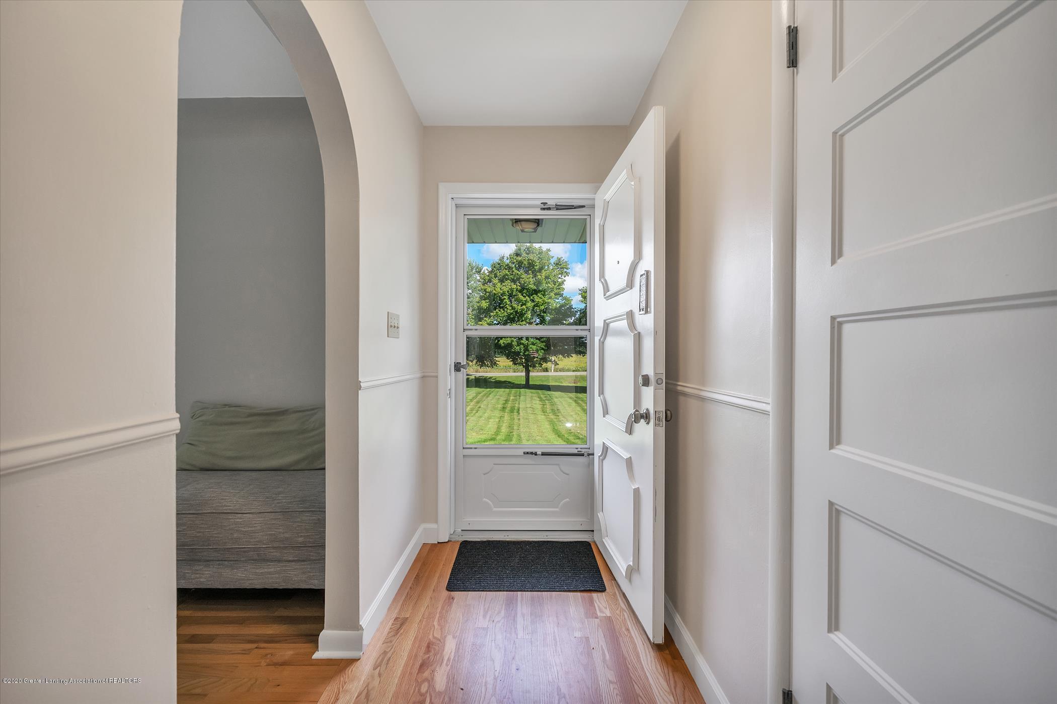 3087 Sandhill Rd - Entry - 2