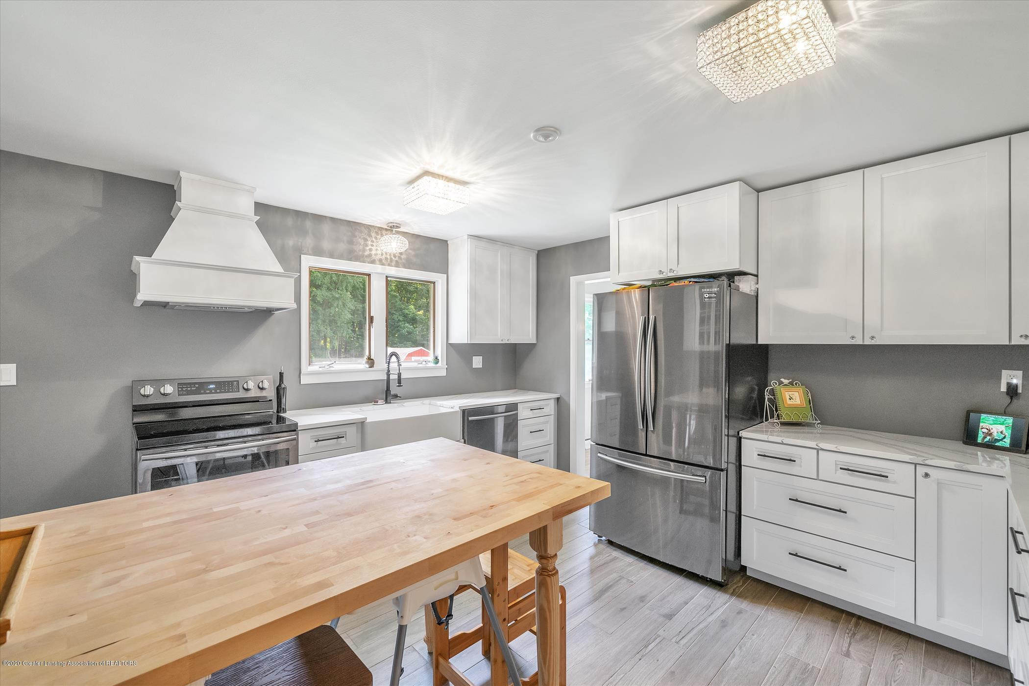3087 Sandhill Rd - Kitchen - 5