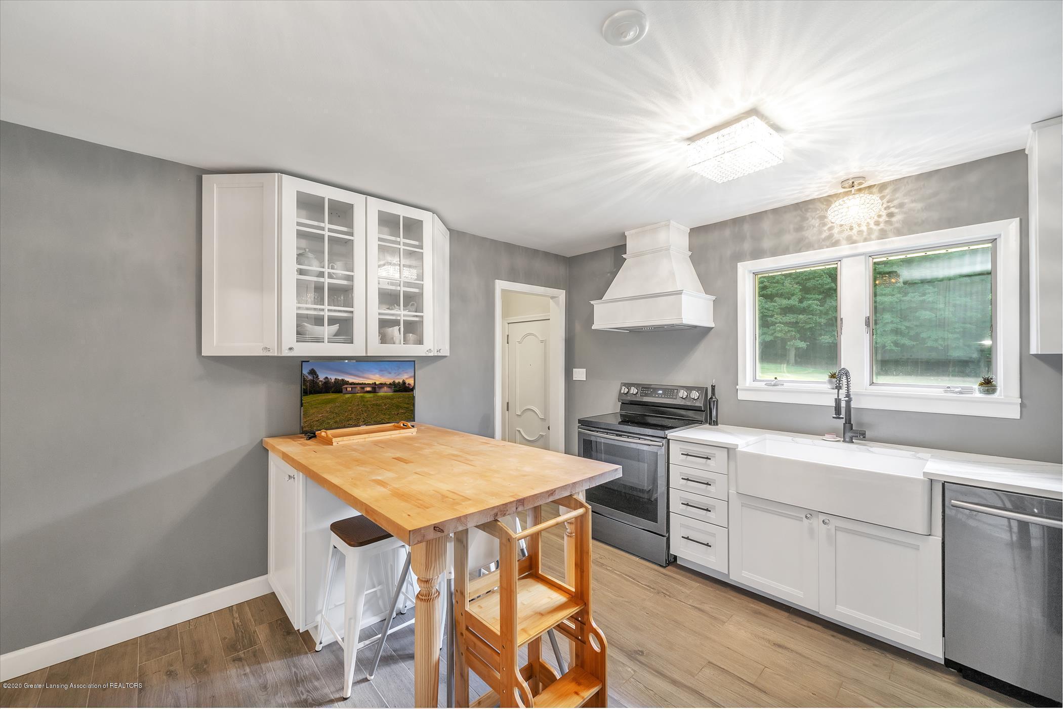 3087 Sandhill Rd - Kitchen - 7