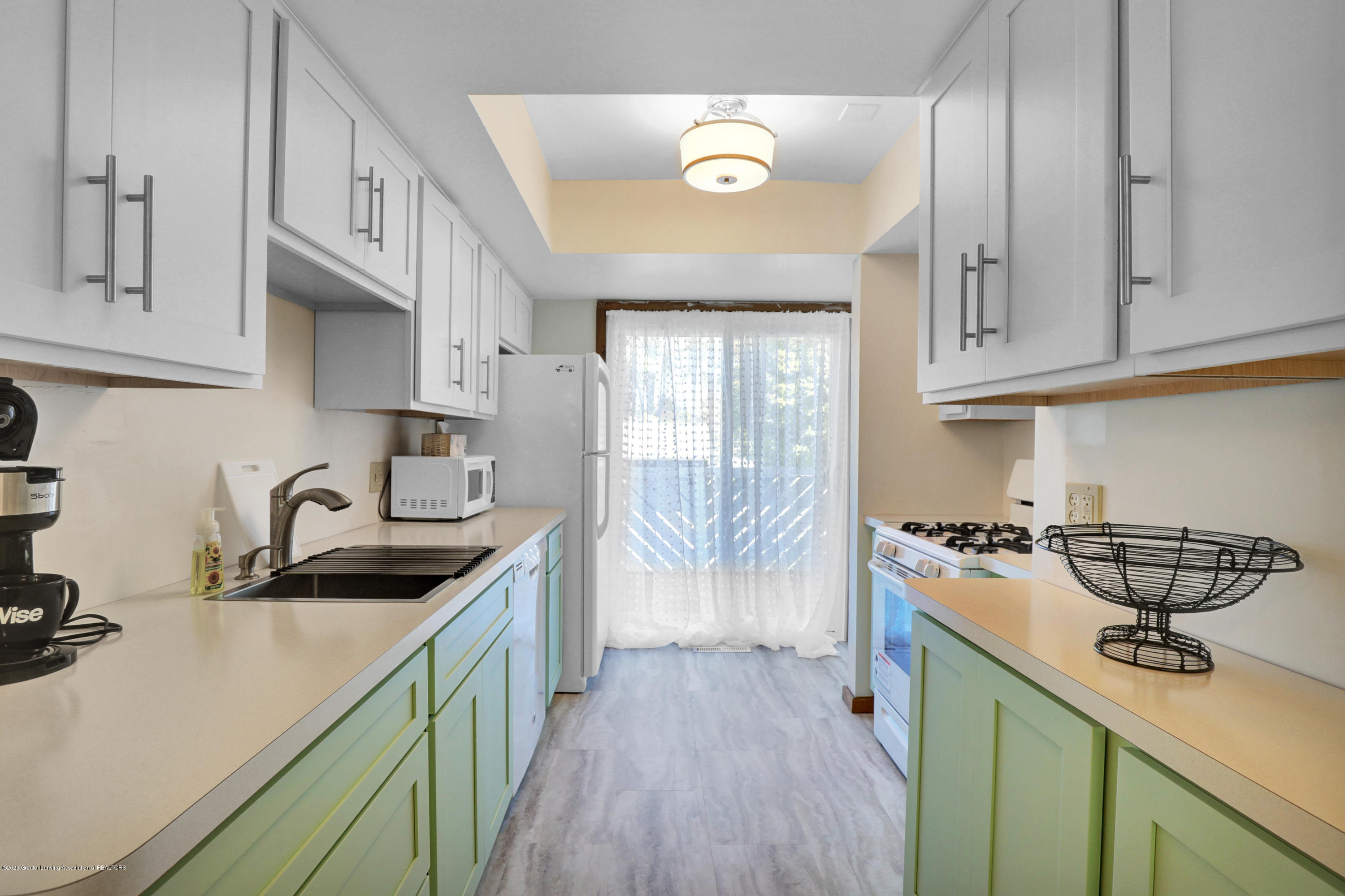 802 Randy Ln - Kitchen - 4