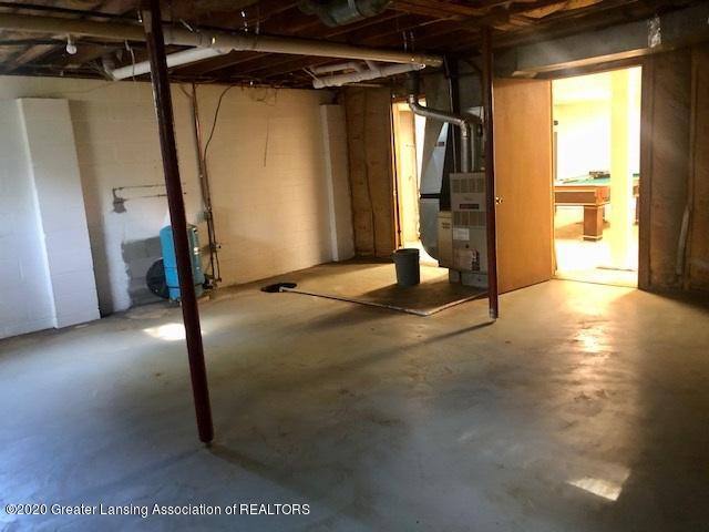 910 N Clark Rd - basement 6 - 24