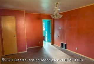 4610 Holt Rd - DINING ROOM - 7