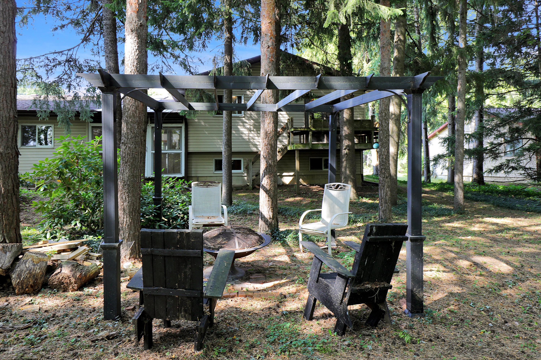 1850 Schoolcraft St - Backyard - 41