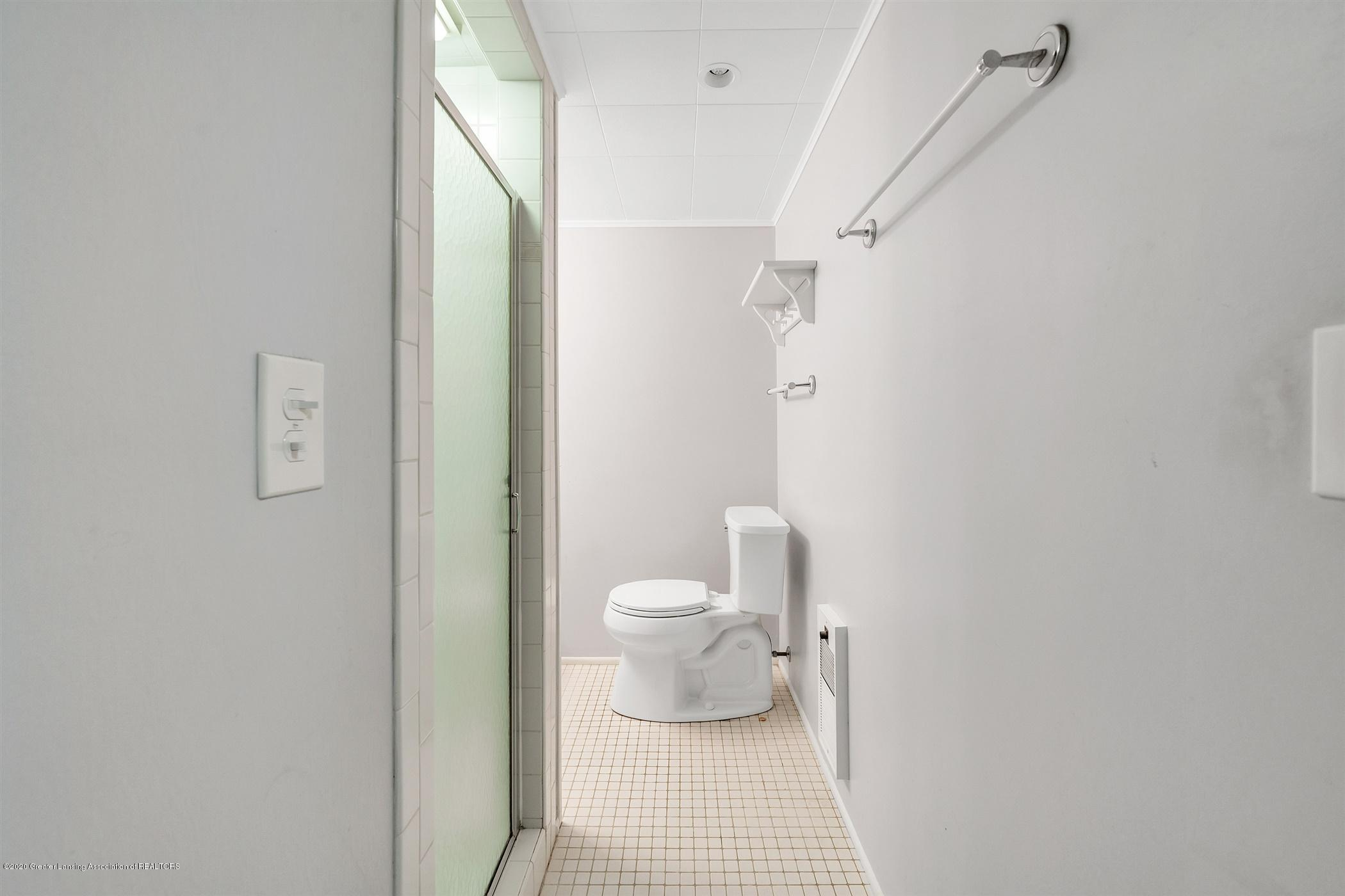4557 Seneca Dr - (29) LOWER LEVEL Bathroom - 29