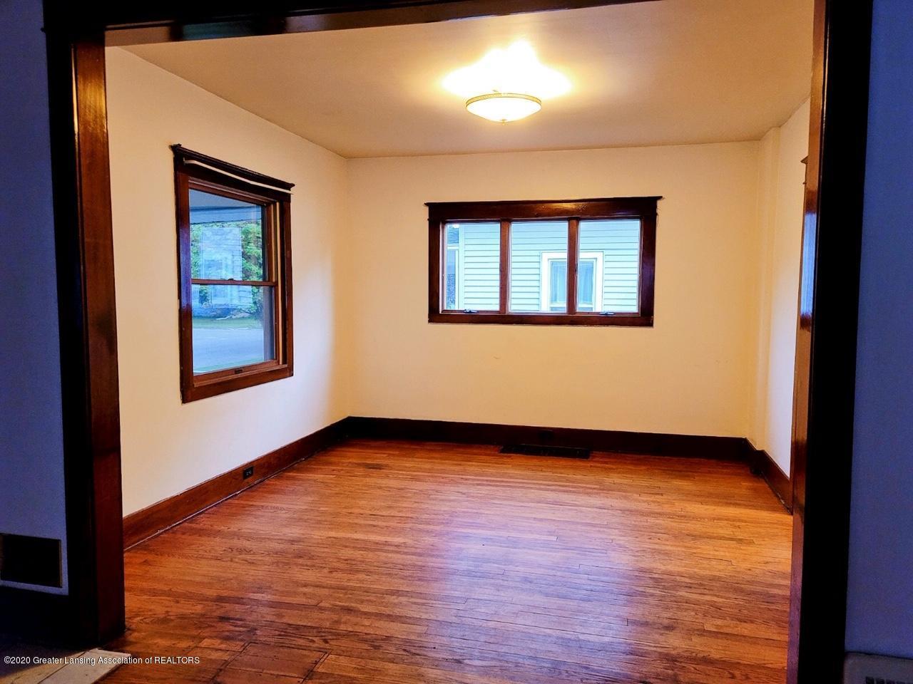 212 Oakwood Ave - Dining Room - 3