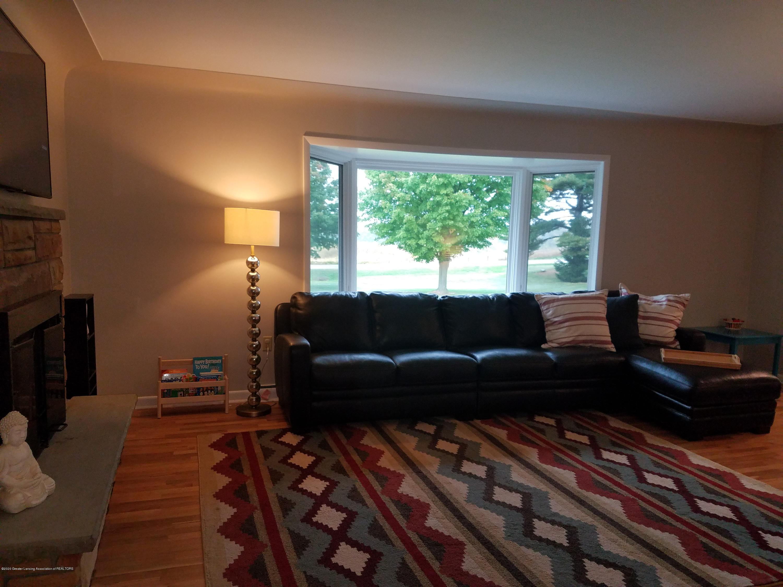 3087 Sandhill Rd - Livingroom - 3