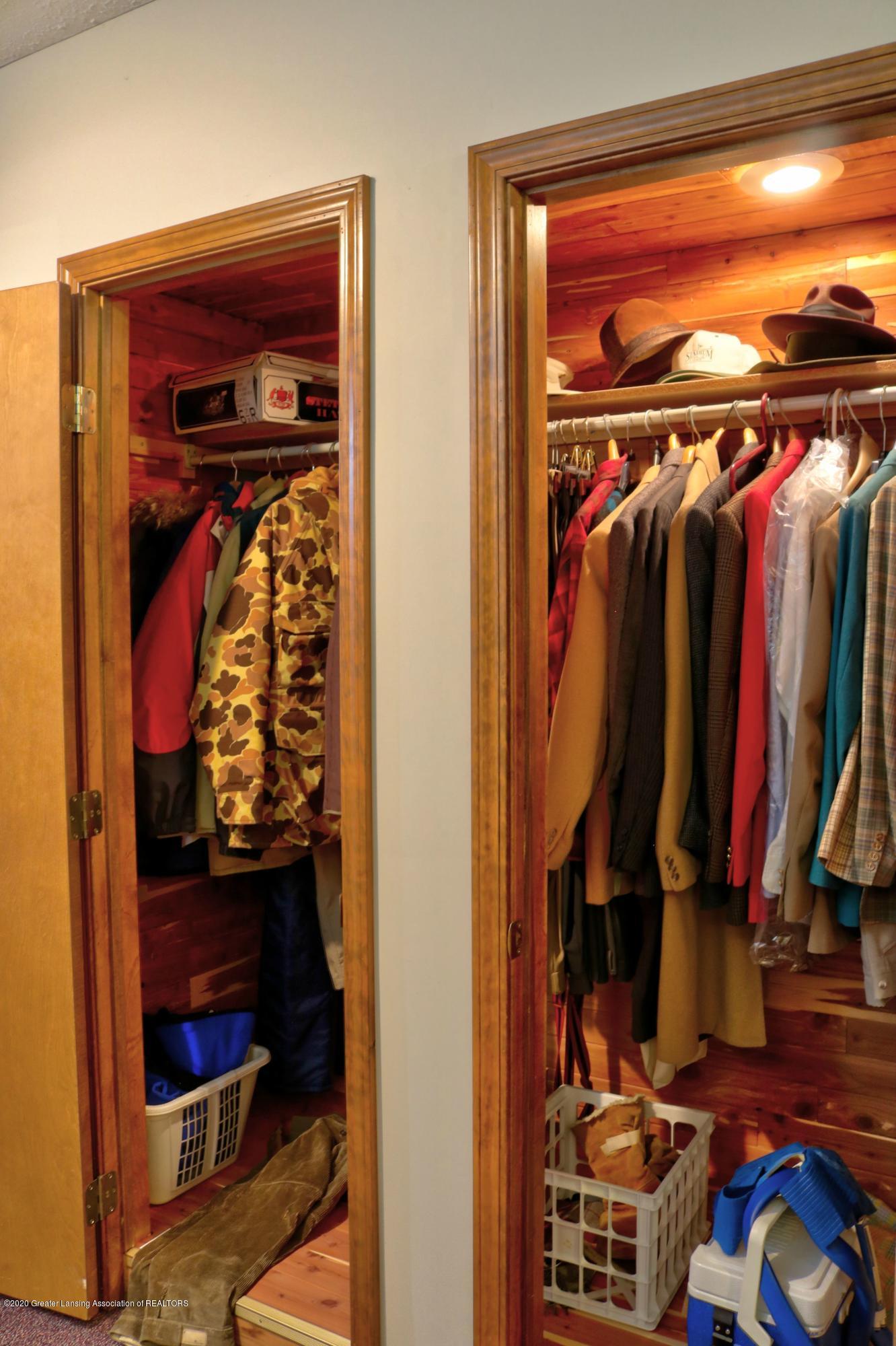 845 Lamb Rd - Cedar closet - 33
