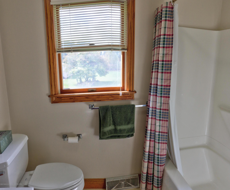 845 Lamb Rd - bathroom - 19