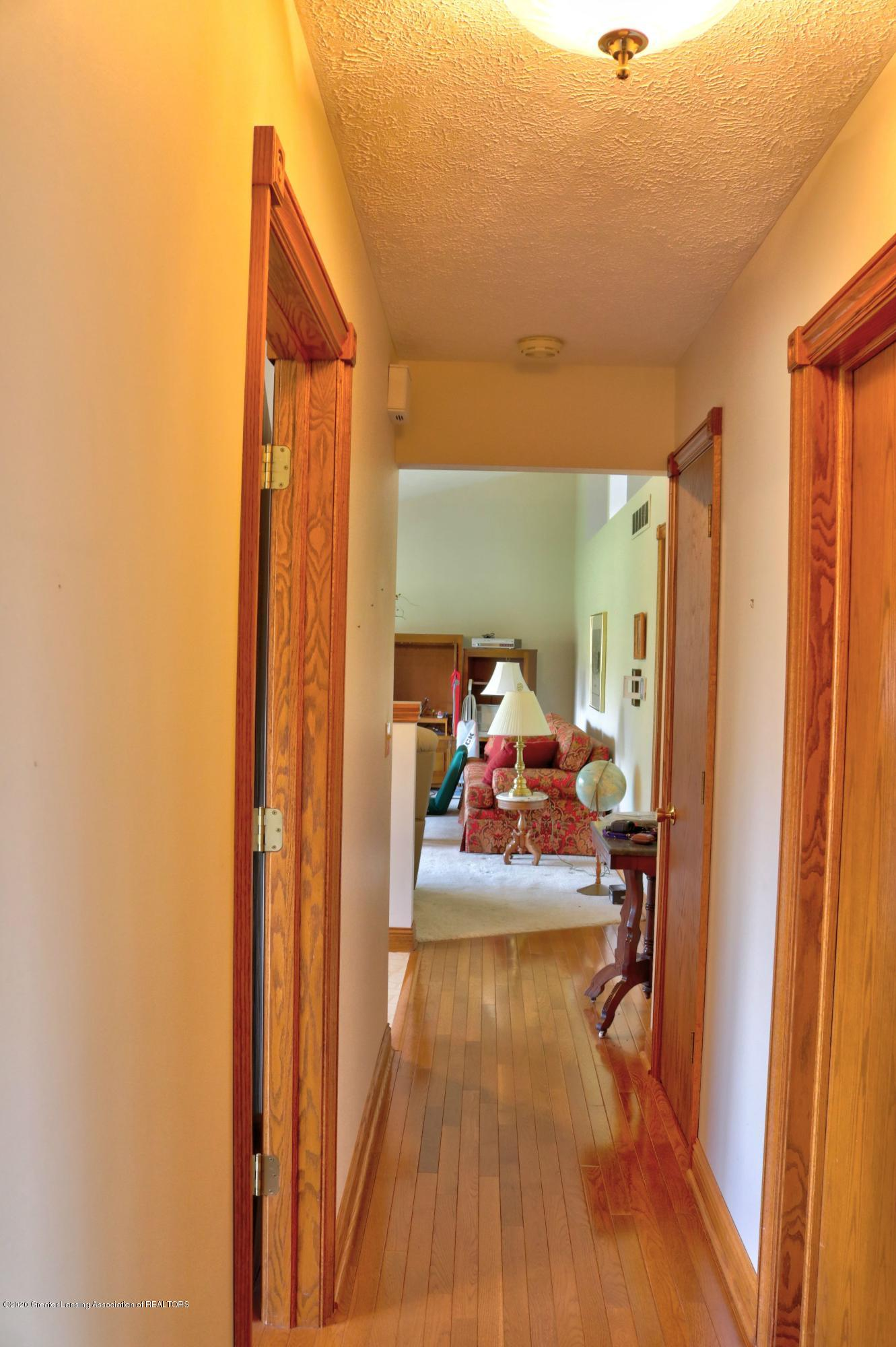 845 Lamb Rd - hallway - 20
