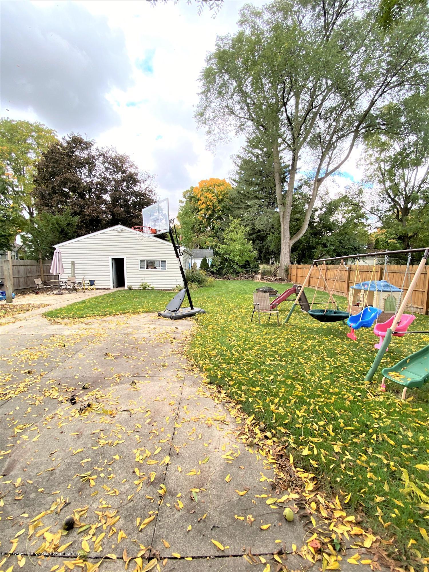 820 Pine St - Backyard 2 - 22