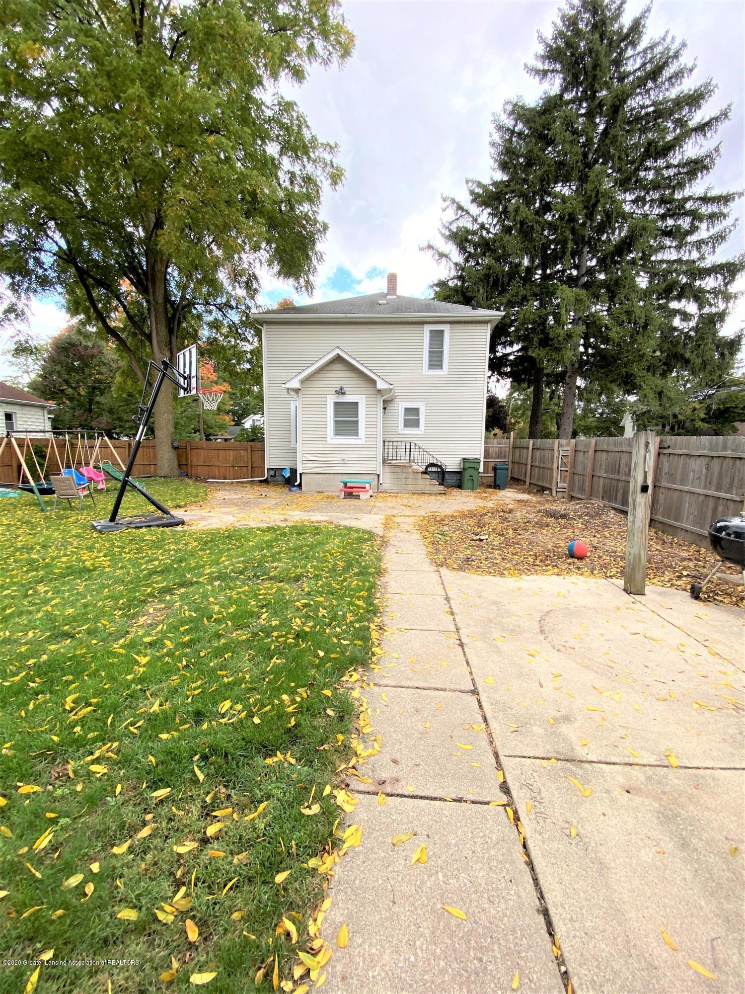 820 Pine St - Backyard - 21