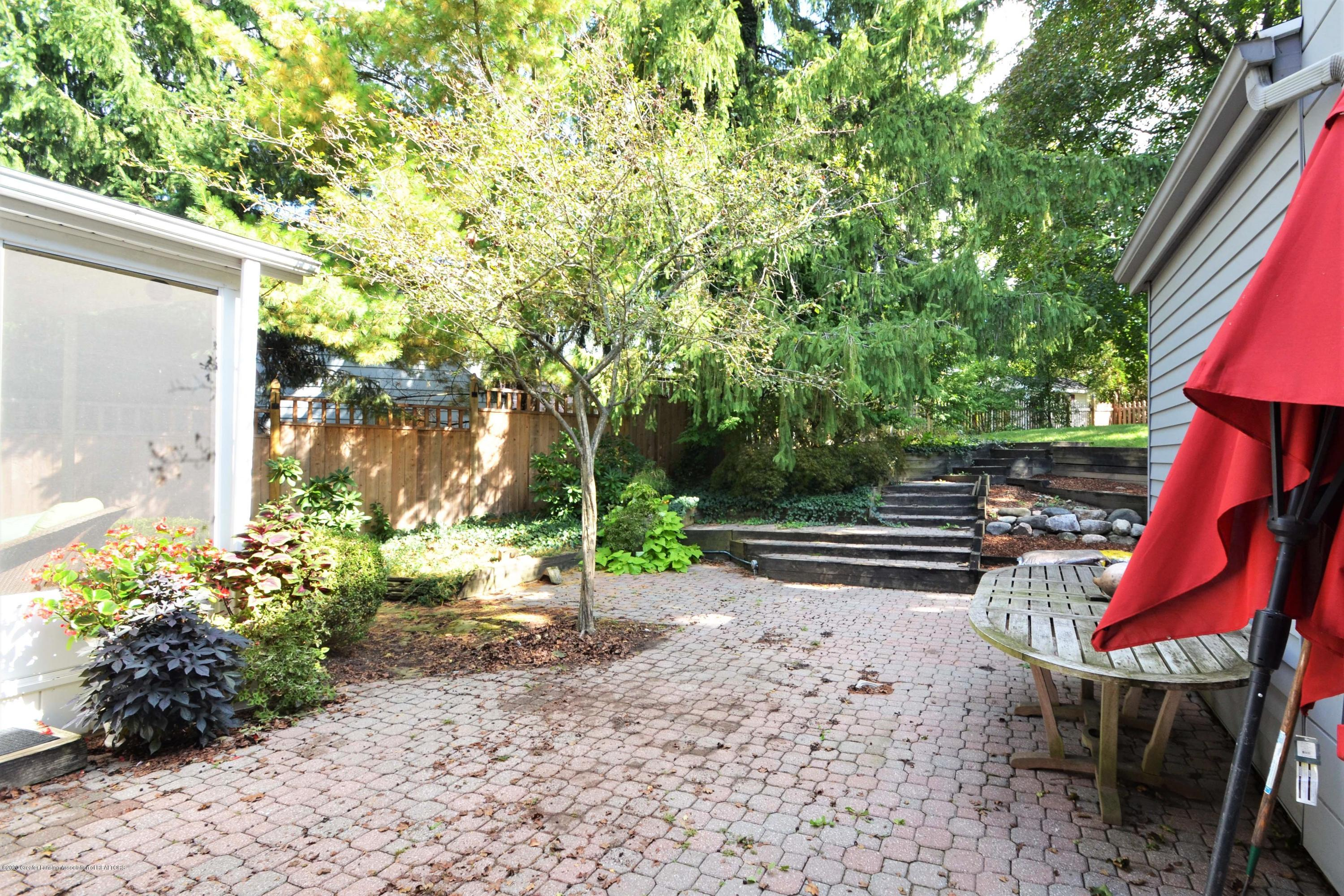 834 Rosewood Ave - Patio - 25
