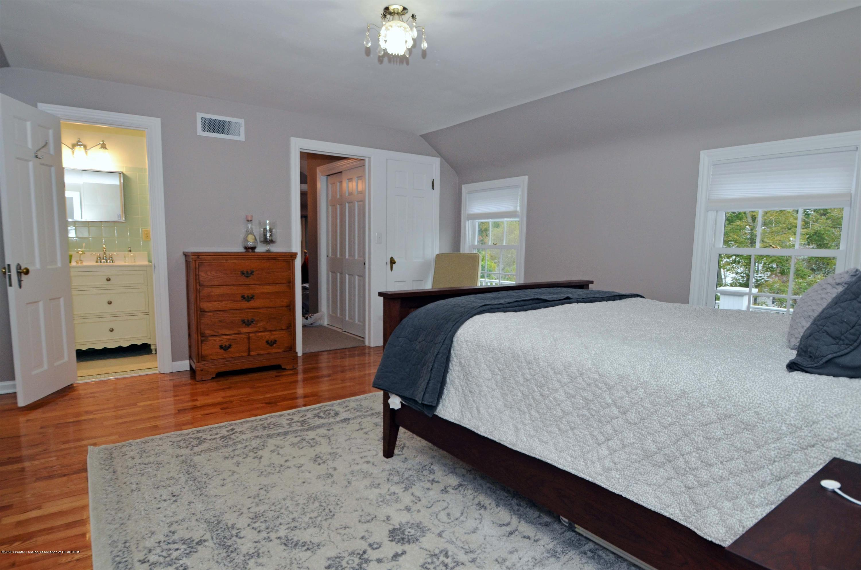 834 Rosewood Ave - Master Suite - 32