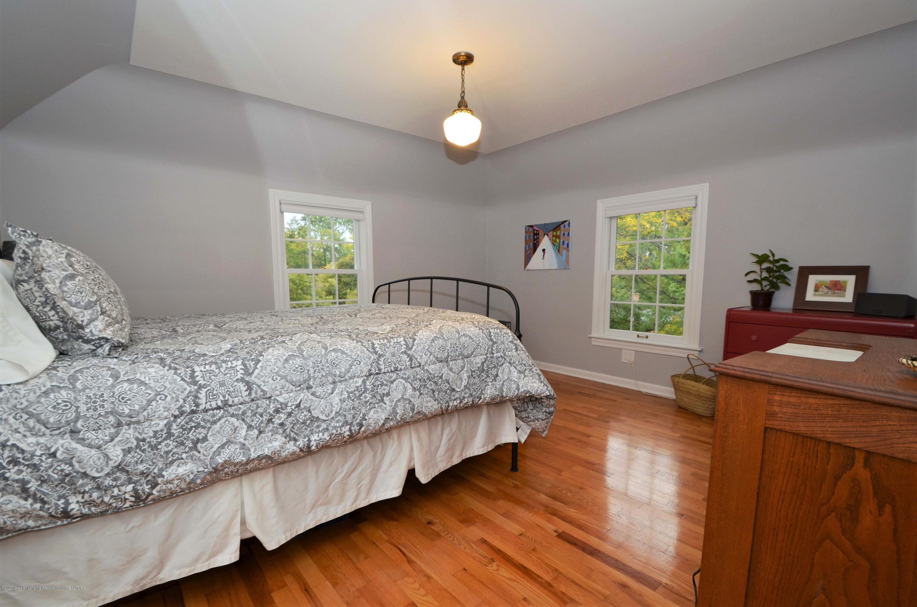834 Rosewood Ave - Master Den or Guest Space - 33