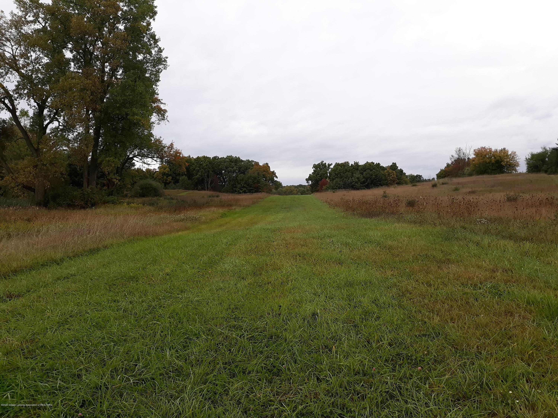 865 Barry Rd - Grass Runway - 45