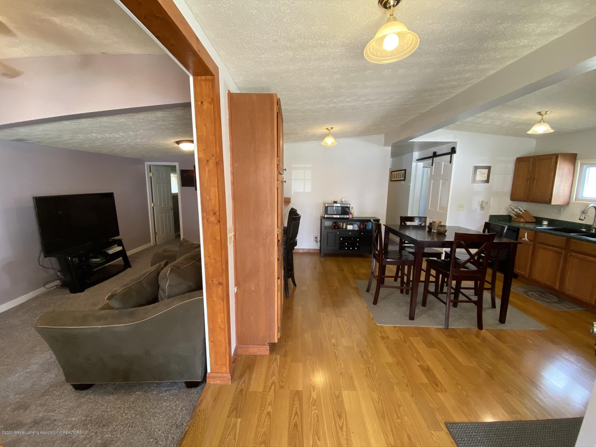 5813 Outer Dr - IMG_2431 - 4