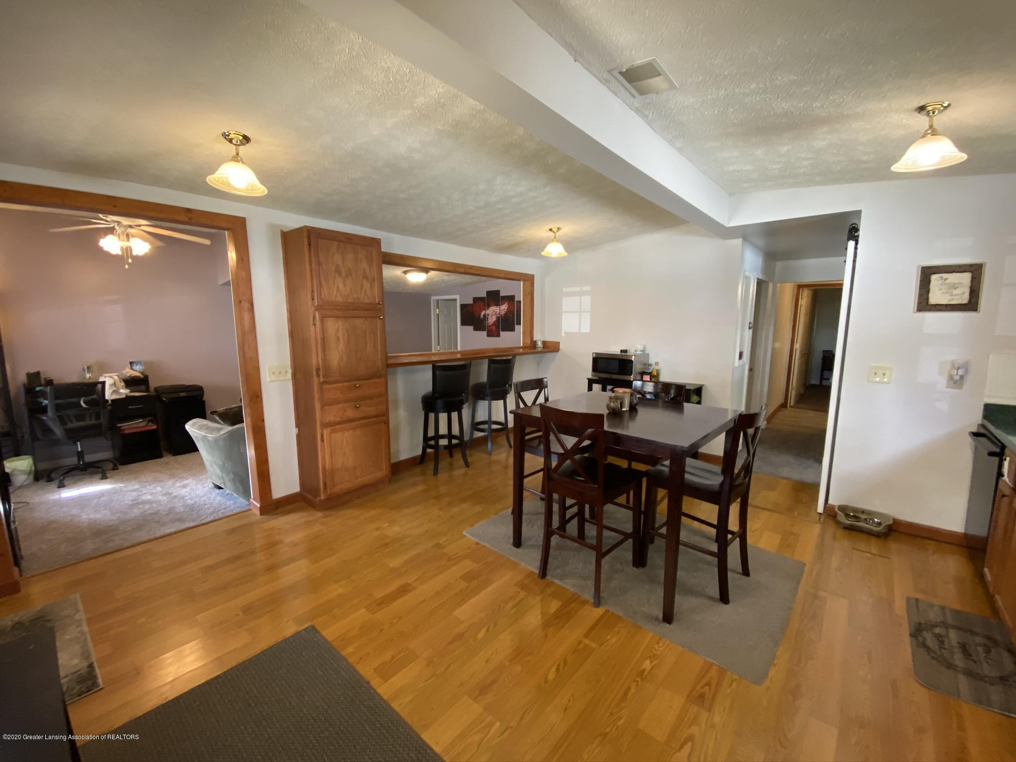 5813 Outer Dr - IMG_2433 - 6