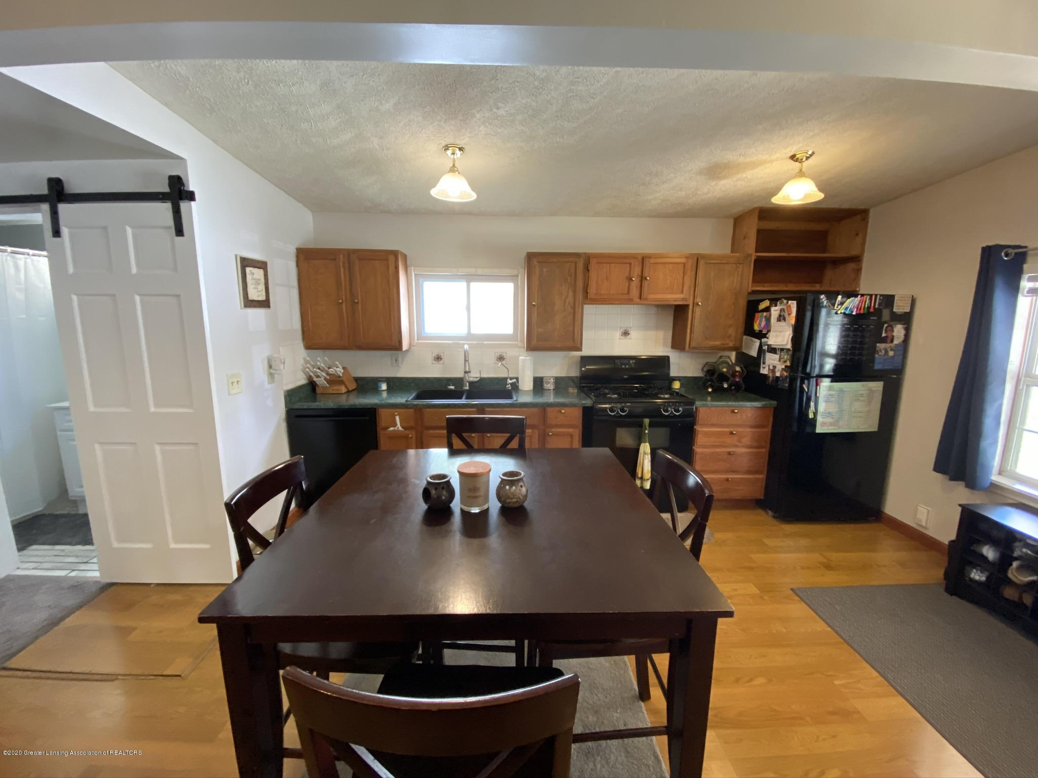 5813 Outer Dr - IMG_2436 - 9