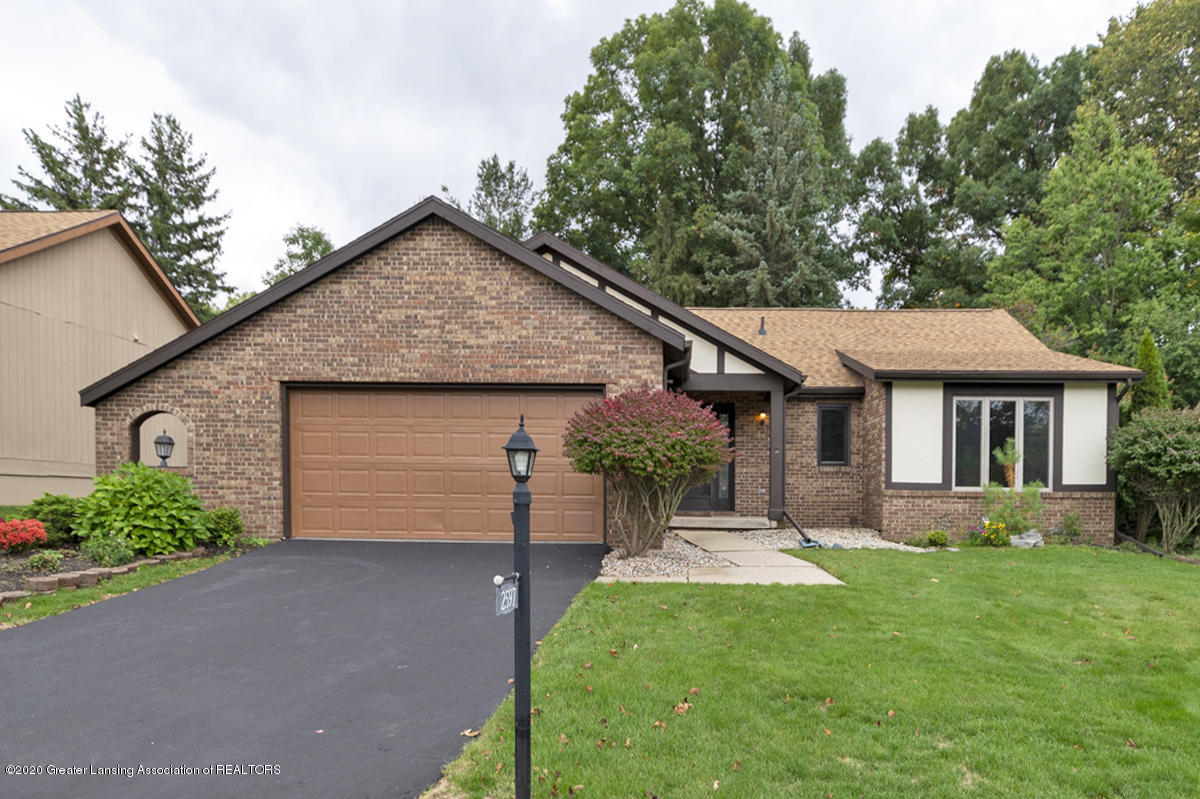2597 Woodhill Dr - 01 - 1