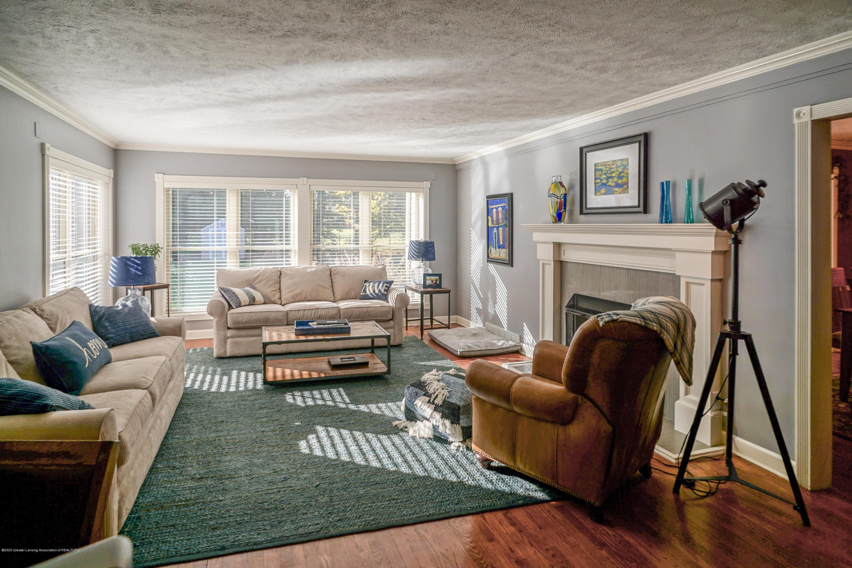 614 Whitehills Dr - Foyer open to living room - 5