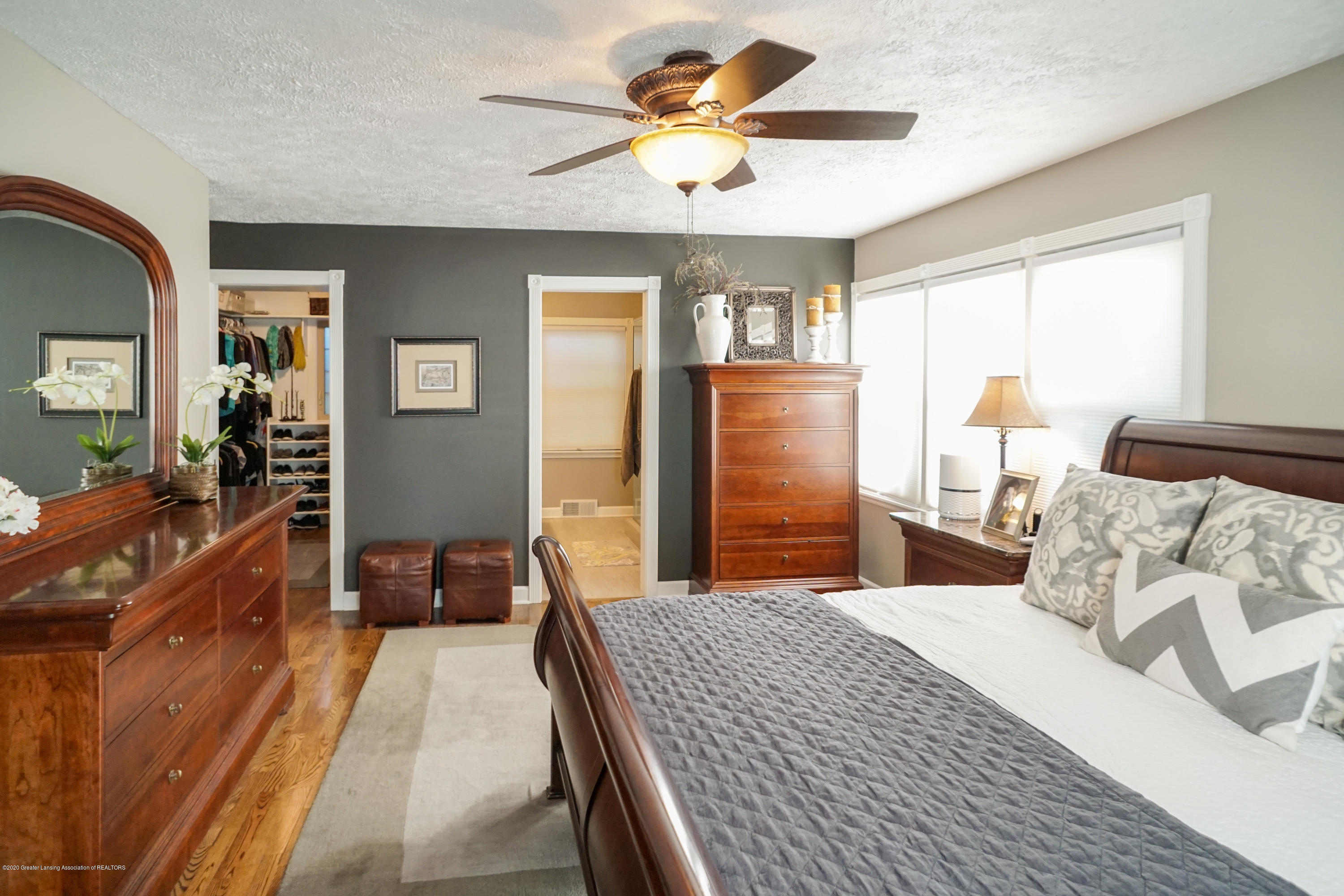 614 Whitehills Dr - Remodeled bathroom and closet - 20