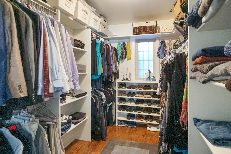 614 Whitehills Dr - Large walk-in closet - 26