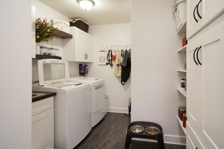 614 Whitehills Dr - New laundry/mud room-MLS-51 - 34