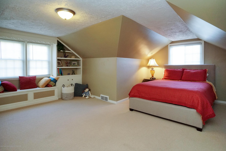 614 Whitehills Dr - 3rd bedroom with en suite - 46