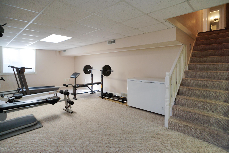 614 Whitehills Dr - Rec room - 51