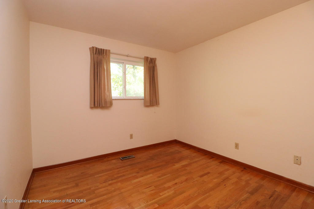 118 Cowley Ave - 20 - 21