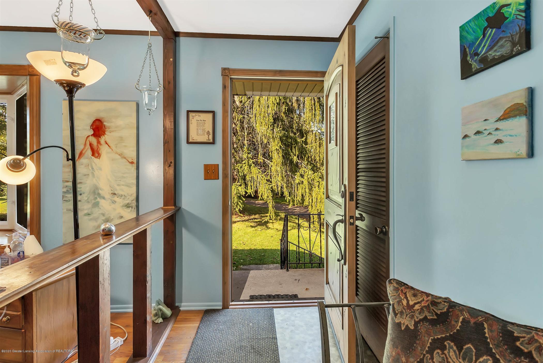 5110 E Clark Rd - 07-5110 Clark Rd-WindowStill-Real-E - 7